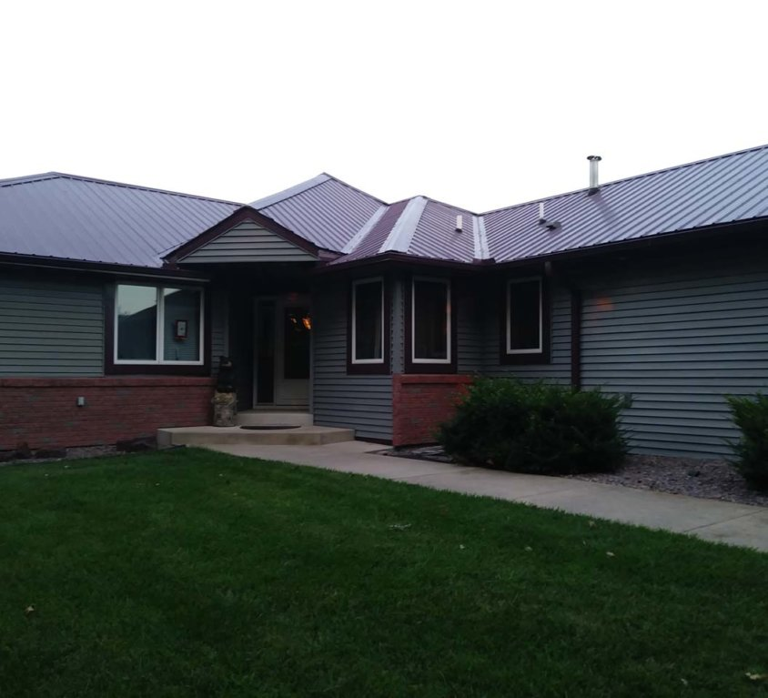 New steel roof on home – Cambridge, MN